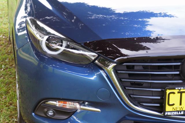 2017 Mazda 3 BN5238 SP25 Sedan Image 3