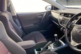 2013 Toyota Corolla ZRE182R LEVIN Hatchback Image 4