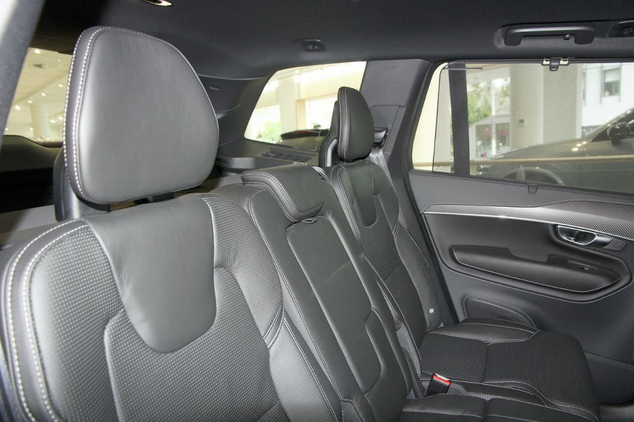 2019 Volvo XC90 L Series T6 R-Design Suv Image 7