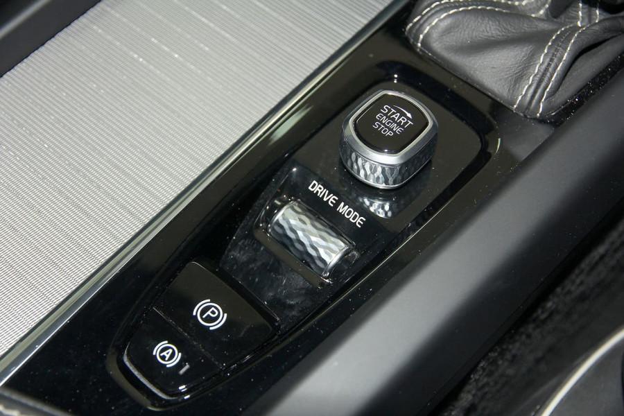 2019 Volvo XC60 UZ D5 R-Design Suv Image 15