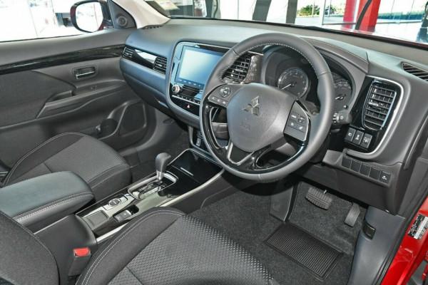 2021 Mitsubishi Outlander ZL ES Suv Image 5