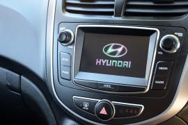 2018 Hyundai Accent RB6 MY18 SPORT Hatchback image 8