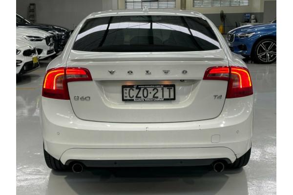 2014 Volvo S60 F Series MY14 T4 PwrShift Kinetic Sedan Image 5