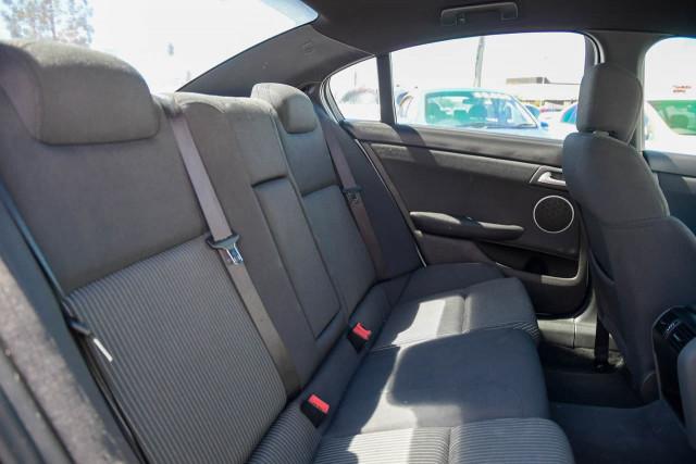2011 Holden Commodore VE Series II MY12 SS Sedan Image 12
