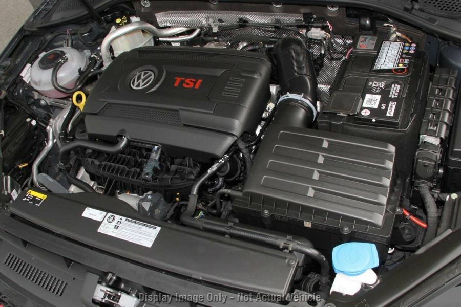 2020 Volkswagen Golf 7.5 GTI DSG Hatchback Image 12