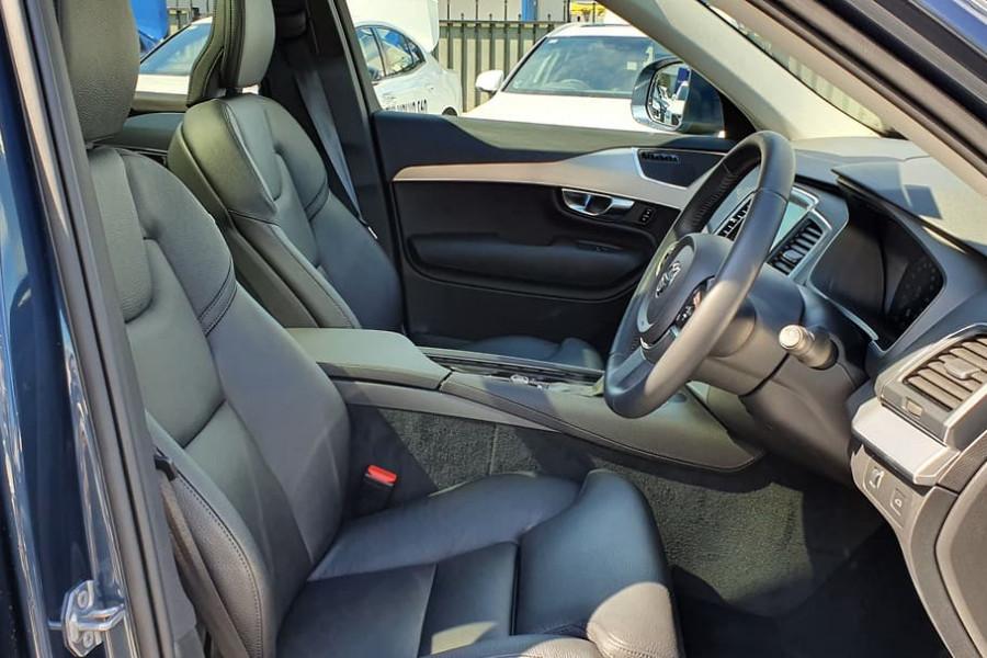 2019 Volvo XC90 L Series D5 Momentum Suv Mobile Image 16