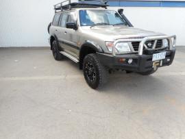 Nissan Patrol ST GU