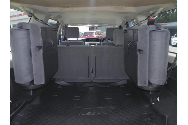 2014 Nissan Patrol Y61 ST Suv Image 4