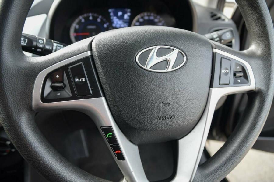 2011 Hyundai Accent RB Active Hatchback Image 11