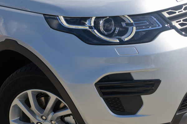 2019 Land Rover Discovery Sport L550 SE Suv Image 2