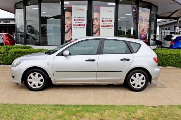 2005 Mazda Mazda3 BK10F1 Neo Hatchback Image 5