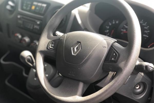 Renault Master X62
