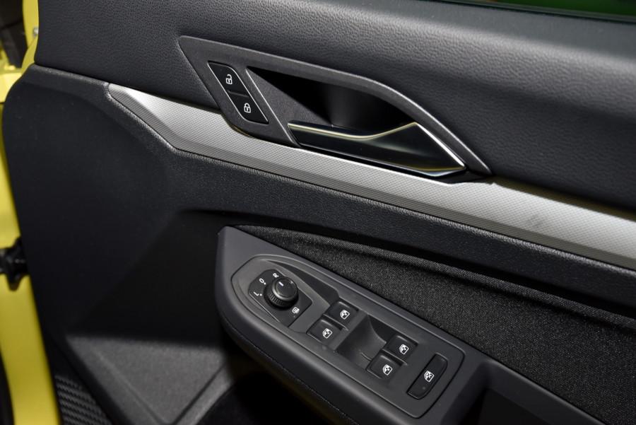 2021 Volkswagen Golf 8 110TSI Golf Hatch Image 17
