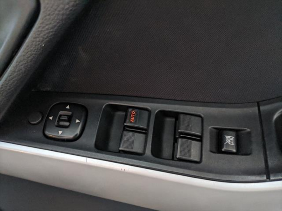 2012 Mazda BT-50 UP0YF1 XT Cab chassis - dual cab