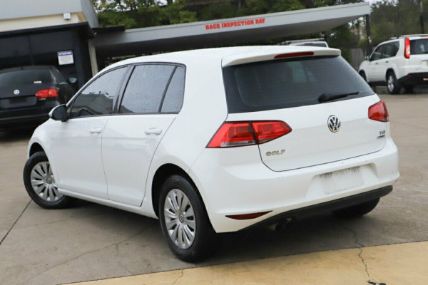2014 MY15 Volkswagen Golf 7 90TSI Hatchback Image 2