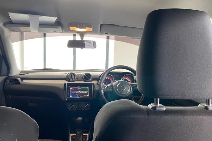 2019 Suzuki Swift AZ GL Navigator Hatchback Image 17