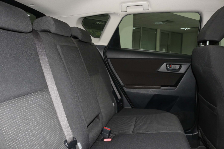 2014 Toyota Corolla ZRE182R Ascent Hatch Image 9