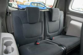 2009 MY10 Mitsubishi Challenger PB (KH) MY10 LS Wagon Mobile Image 15