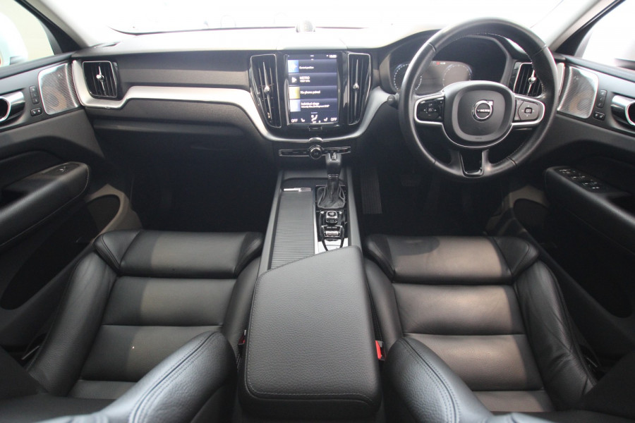 2018 MY19 Volvo XC60 UZ MY19 D4 Suv