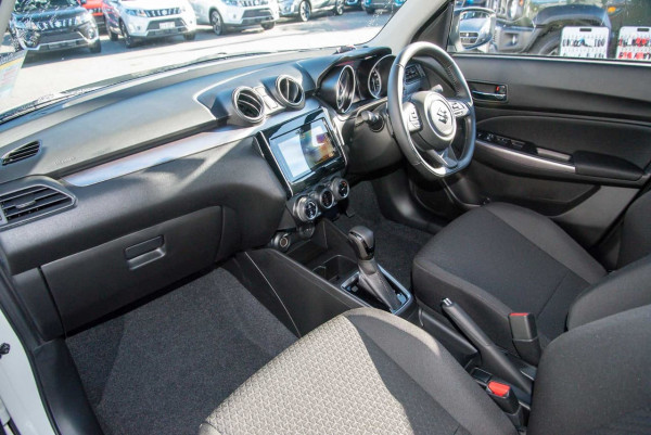 2020 Suzuki Swift AZ GLX Turbo Hatchback image 7