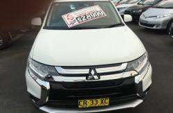 2017 Mitsubishi Outlander ZL ES ADAS Awd wagon Image 2