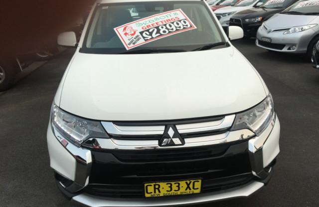 2017 Mitsubishi Outlander ZL ES ADAS Awd wagon
