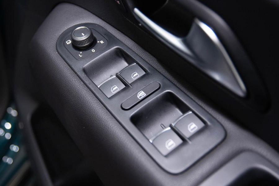 2019 MYV6 Volkswagen Amarok 2H Ultimate 580 Utility Image 16