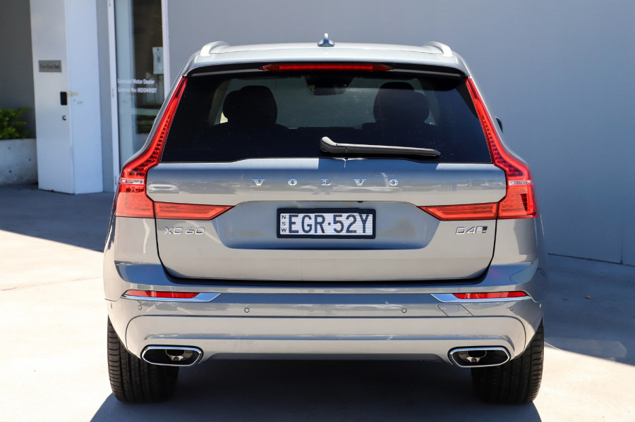 2020 Volvo XC60 UZ D4 Inscription Suv Image 2
