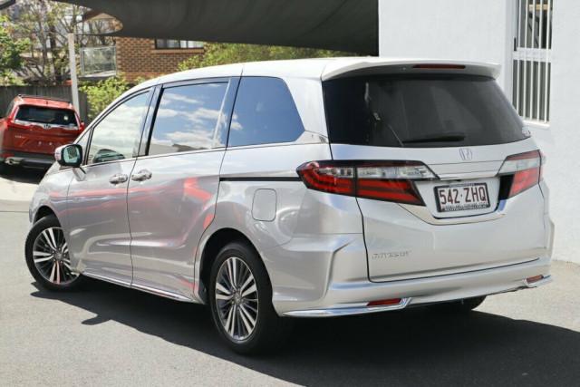 2019 Honda Odyssey 5th Gen VTi-L Wagon Image 3