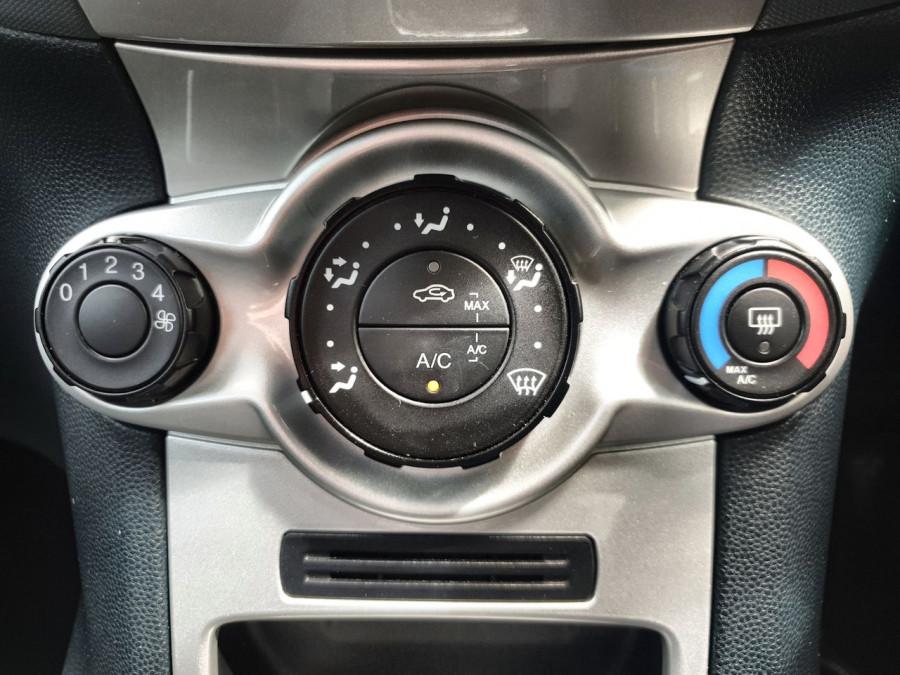 2012 Ford Fiesta WT Zetec Hatch Image 10