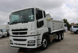 Fuso HEAVY FV54 6X4 TIPPER FREE SERVICING AUTO FP54
