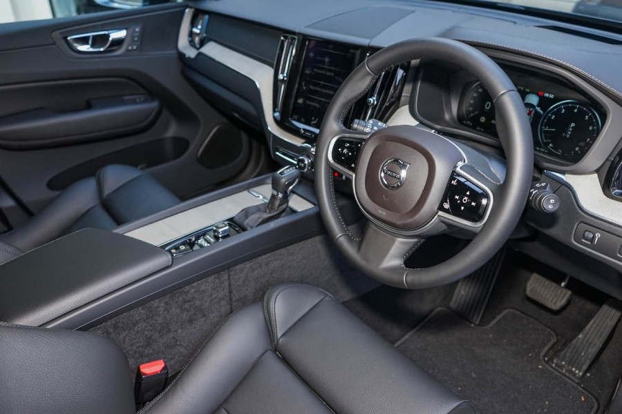 2019 Volvo XC60 UZ T5 Inscription Suv Mobile Image 4