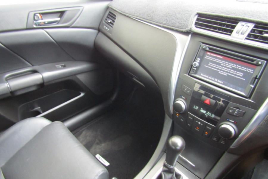 2015 MY14 Suzuki Kizashi FR Sport Touring Sedan Image 18