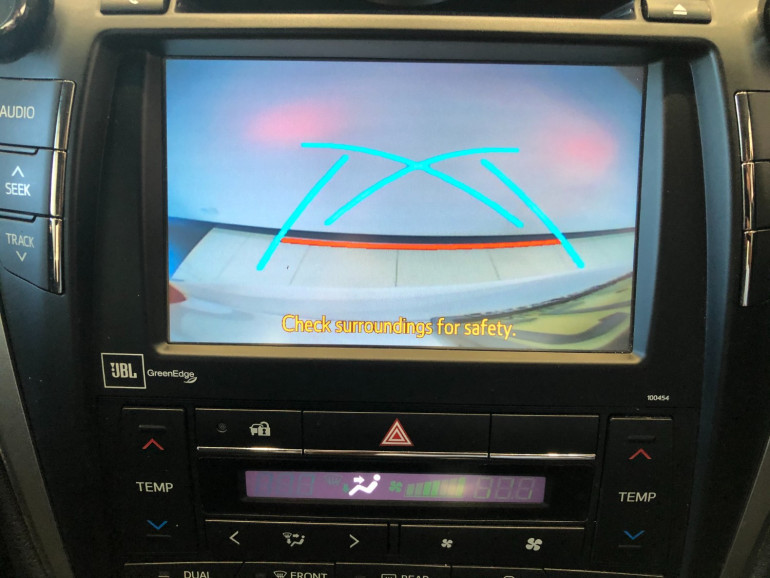 2017 Toyota Aurion GSV50R AT-X Sedan Image 7