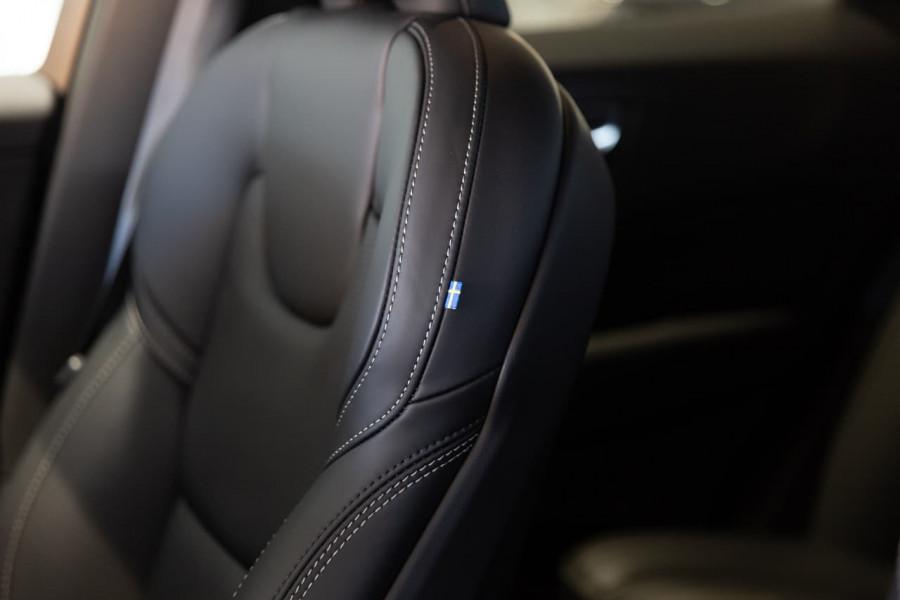 2020 MY21 Volvo XC60 UZ T6 R-Design Suv Image 16
