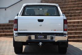 2015 Nissan Navara D22 S5 ST-R Utility Image 4