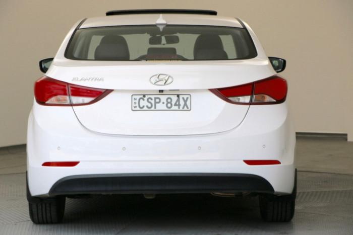 2014 Hyundai Elantra MD3 Premium Sedan