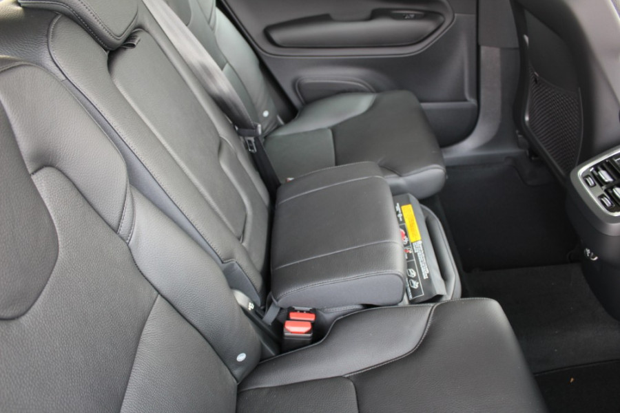 2019 MY20 Volvo XC90 L Series T6 Momentum Suv Mobile Image 25