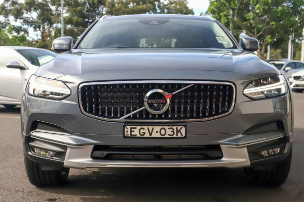 2019 MY20 Volvo V90 Cross Country D5 Image 2