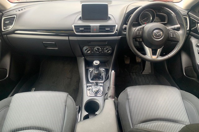 2015 Mazda 3 BM5476 Hatchback Image 2