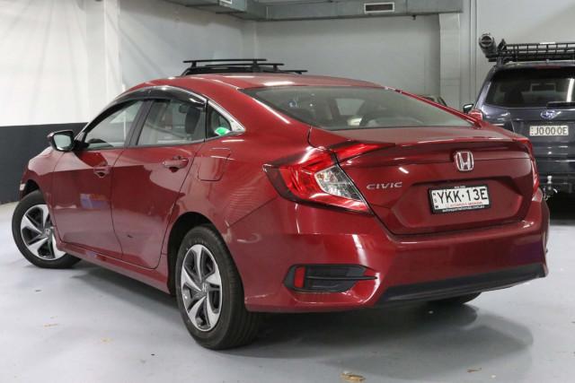 2020 Honda Civic 10th Gen VTi Sedan Image 2