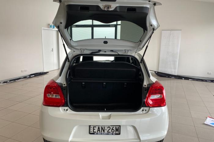 2019 Suzuki Swift AZ GL Navigator Hatchback Image 9