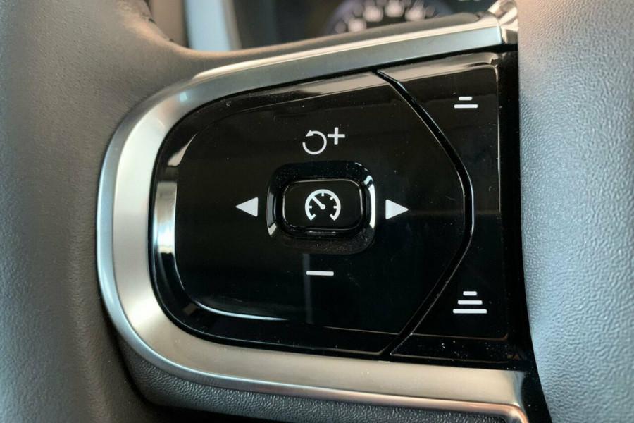 2018 Volvo XC60 UZ D4 Inscription (AWD) Suv Mobile Image 11
