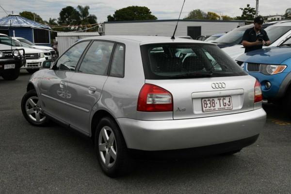 2002 Audi A3 8L Hatchback Image 3
