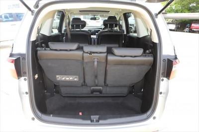 2015 Honda Odyssey 5th Gen MY15 VTi-L Wagon Image 4