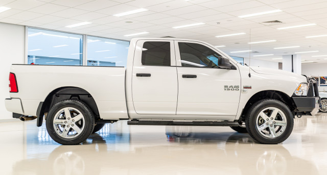 2019 Ram 1500 DS  Express Utility Image 4