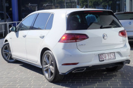 2017 MY18 Volkswagen Golf 7.5 110TDI Highline Hatchback
