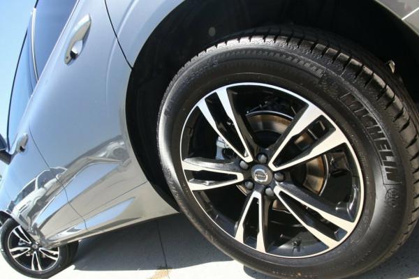 2020 MY21 Volvo XC60 UZ D4 Momentum Suv Image 5