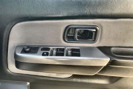 2011 MY10 Nissan Navara D22 MY2010 ST-R Utility Image 4
