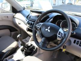 2014 MY15 Mitsubishi Triton MN  GLX Cab chassis - single cab